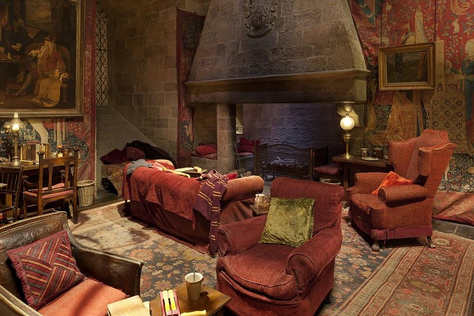 Enchanting Warm Living Room Ideas