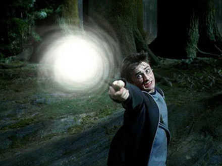 HarryPotter casting a spell
